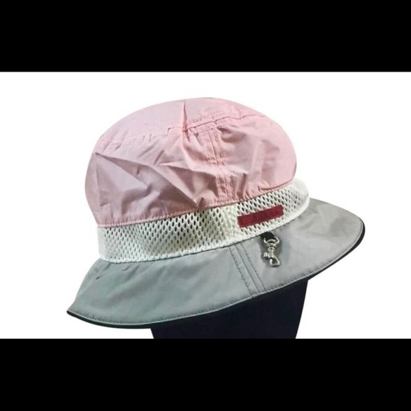 1b955e2ee Autentic Prada Nylon Bucket Hat